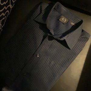 ARMANI EXCHANGE Button Down Shirt.   Size Medium